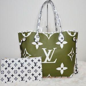 Louis Vuitton giant monogram 13 x 12 x 7 green